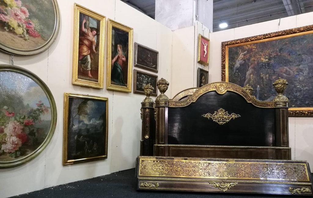 Mercanteinfiera 2019 Parma: un particolare dello stand della Galleria Mossini (MN)