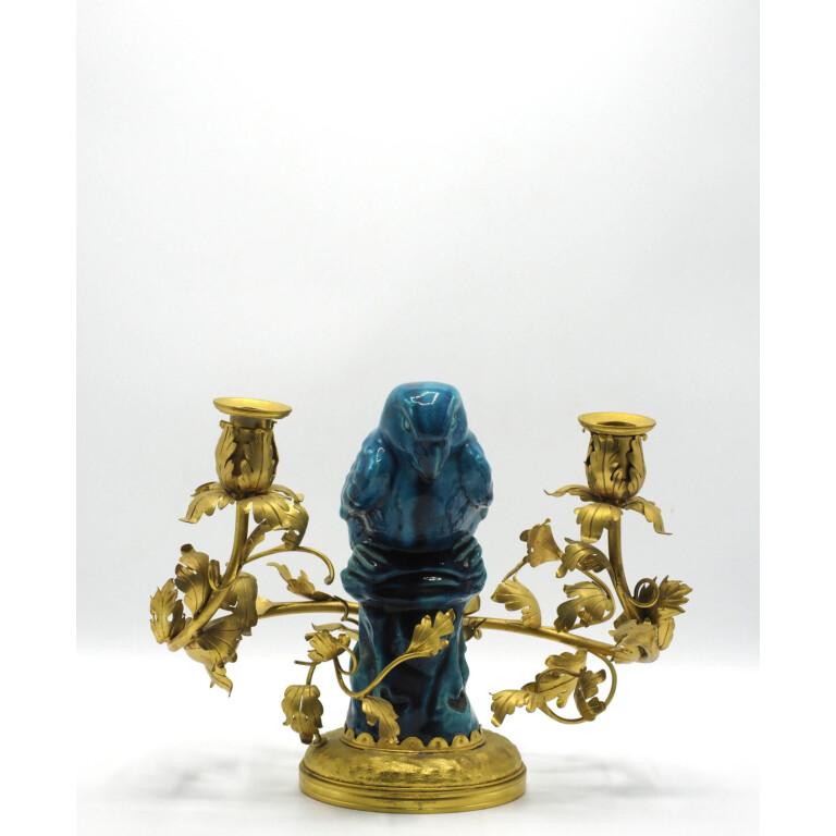 Candeliere in Bronzo Dorato e Porcellana Blu - Cina, XX Secolo